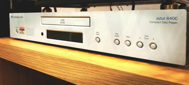 Cambridge Audio Azur 640C V2 CD Player  Img_2024