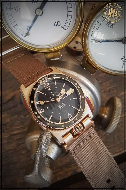 Si vous deviez vous offrir une montre en bronze . - Page 2 69499910