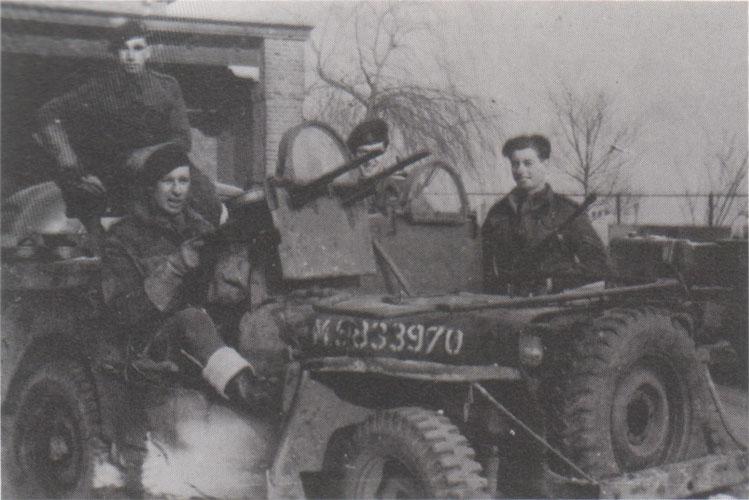 Quelques Jeep SAS (photos) File4010