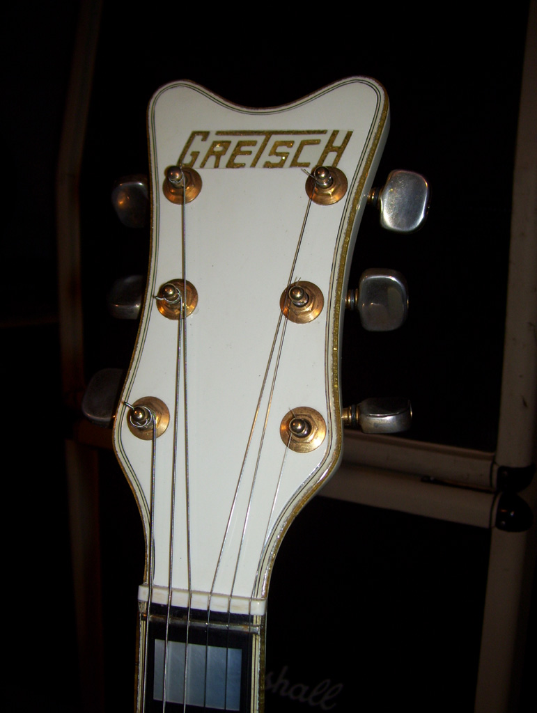 Gretsch headstocks 100_6110