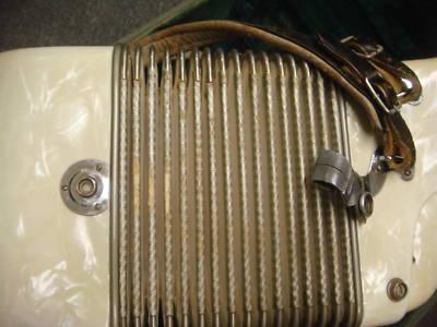 """Vintage Gretsch accordéon """"la tosca"""" B5n6ti10"""