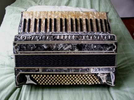 """Vintage Gretsch accordéon """"la tosca"""" C_10"""