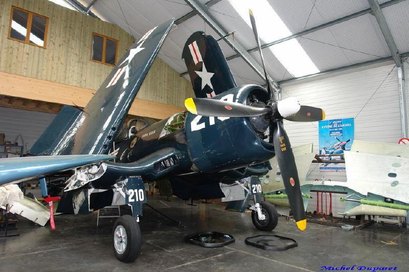 "Gretsch corsair 58 et 55 ""6014"" VS ""corsair F4u.."" Corsai10"