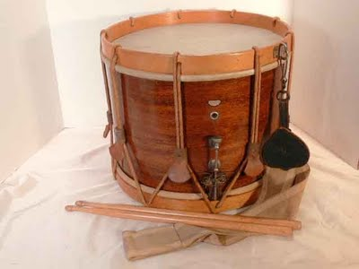 Photos de batterie gretsch vintage (en set ou fut etc.....) Drum-510