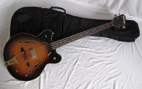 Gretsch bass 6070....... Image235