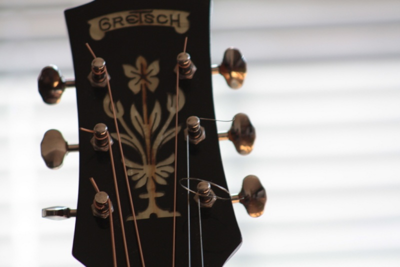 Gretsch headstocks Img03010