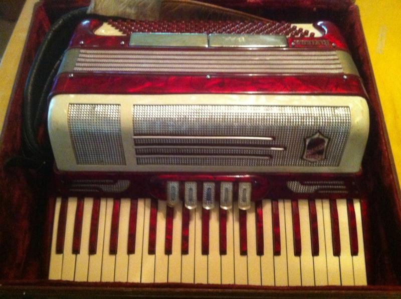 """Vintage Gretsch accordéon """"la tosca"""" Pp10"""