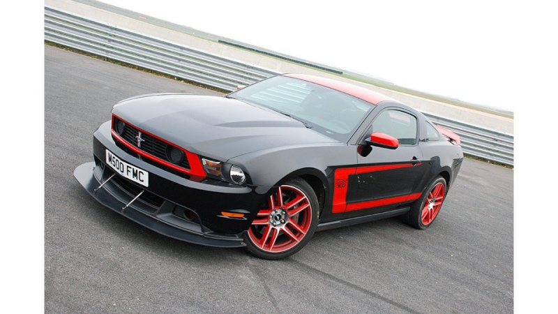 [ ESSAI COMPARATIF ] Corvette C6 Grand Sport 437ch VS Ford Mustang Boss 302 Laguna Seca 444ch 03c00221