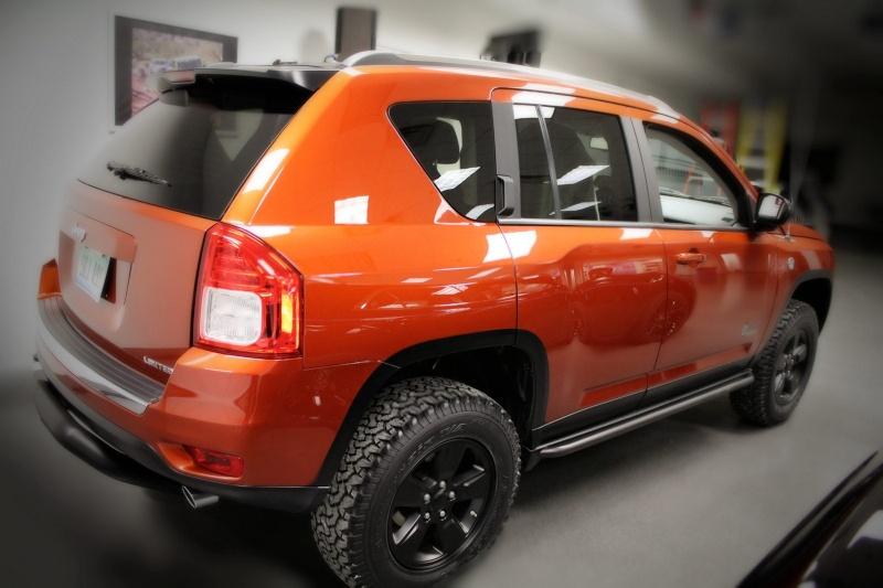 Jeep Compass par Mopar : orange mécanique ! Jeep-c13