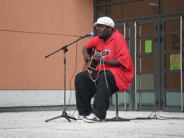 Des concerts en plein air :) P5190810