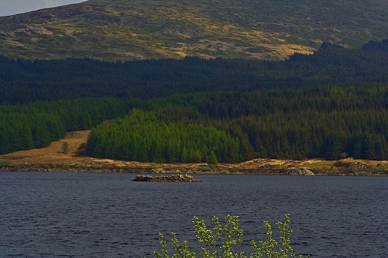 Loch Doon castle Loch_d10