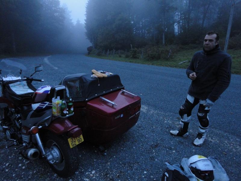 le Dark Dog Moto Tour avis aux amateurs du 1 er au 9 oct 2011 Dsc01411
