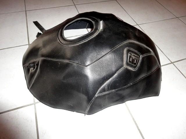 [repris par le vendeur] Tapis+sacoche réservoir BM 1100 GS Dsc05112