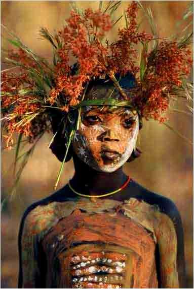Entre body-painting et land-art 1omo10