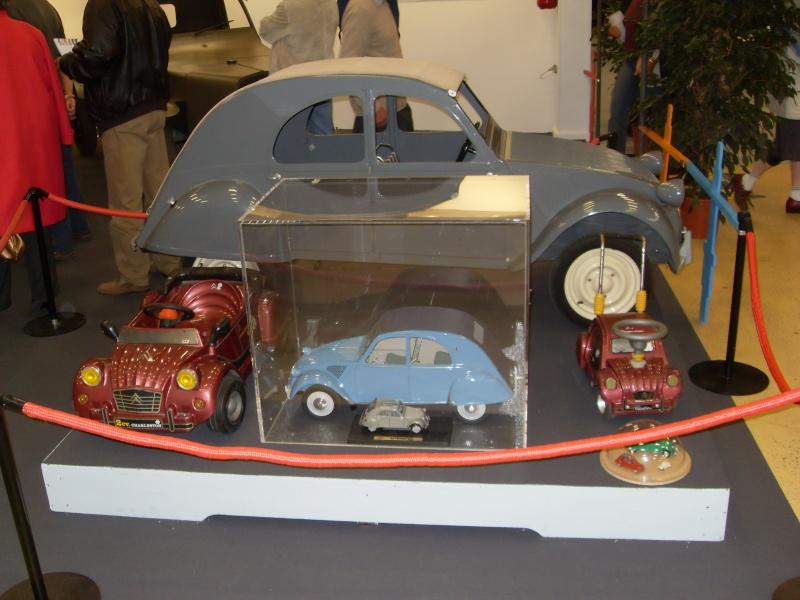 Exposition au musée H.Malartre (69) pour les 60ans de la 2cv Sdc11426
