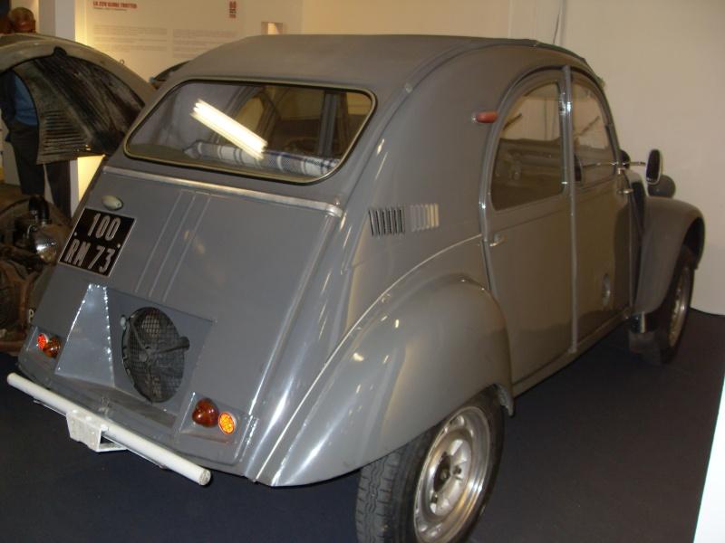 Exposition au musée H.Malartre (69) pour les 60ans de la 2cv Sdc11430