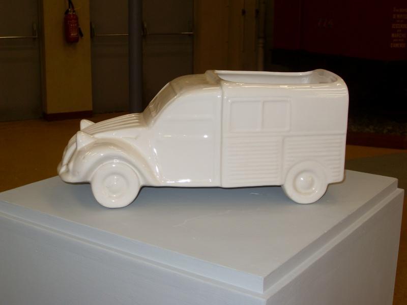 Exposition au musée H.Malartre (69) pour les 60ans de la 2cv Sdc11440