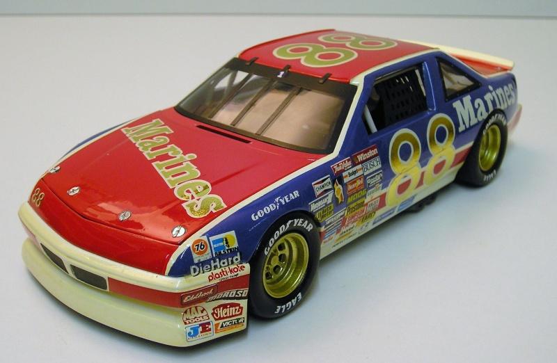 """Pontiac Grand Prix 91 nascar """"Marines"""" 06710"""