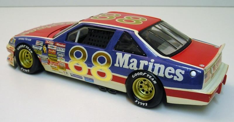 """Pontiac Grand Prix 91 nascar """"Marines"""" 06810"""