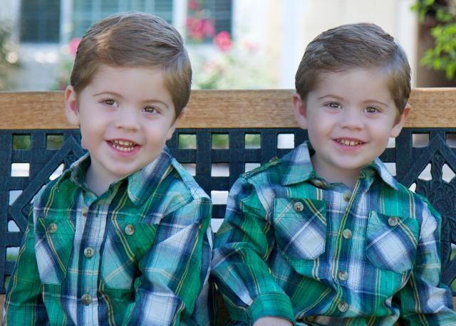 Joey et Matthew Levinson 640px-10