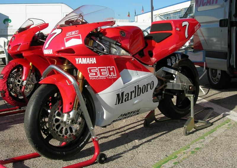 une vraie motogp au circuit de prenois Dscn9611