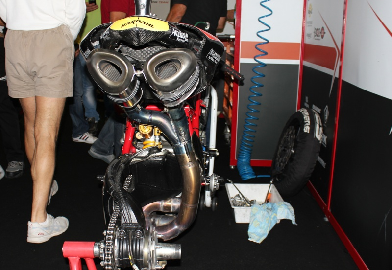 sbk magny-cours 2011, mes photos Img_5515