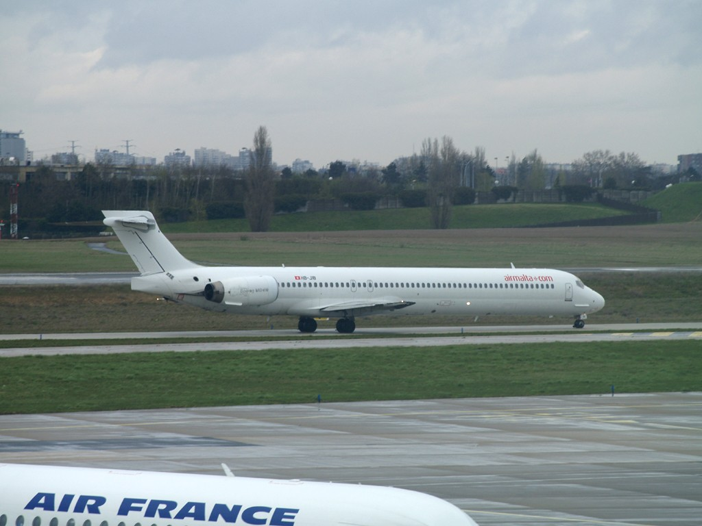 goodbye Turkish et Egyptair, bonjour Mauritiana Airways Hb-jib10