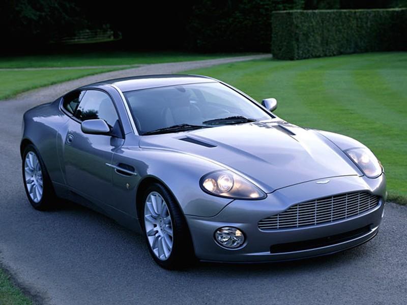 Dans quelle voiture révez vous de rouler ? Aston_10