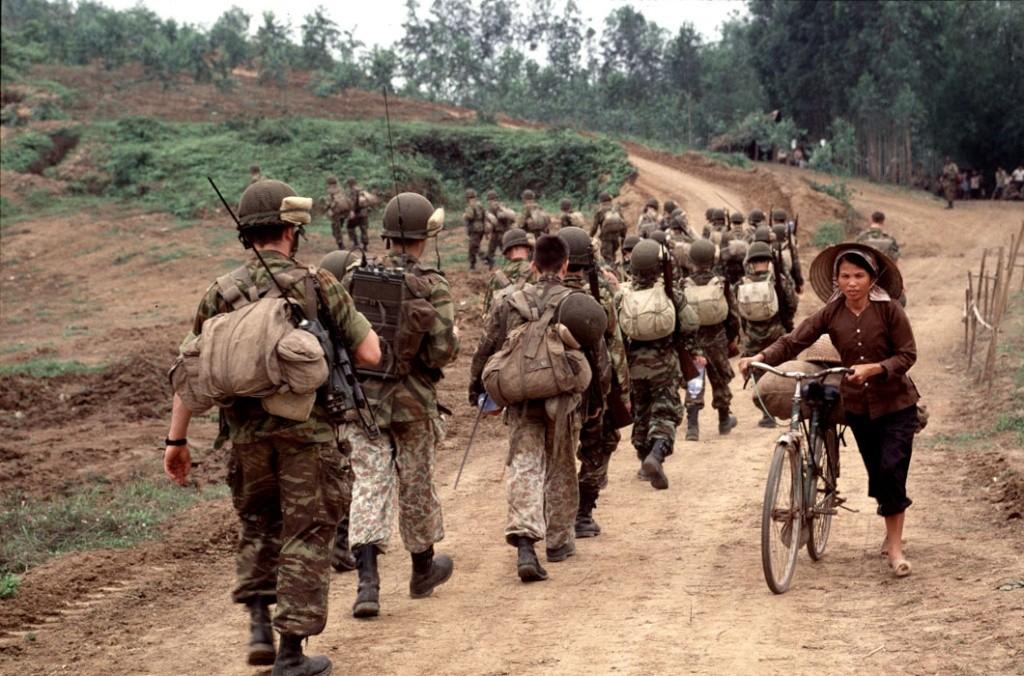 Diên Biên Phu ; the movie; 1992 Dia-9112