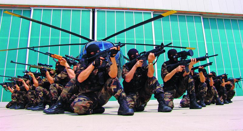 police pattern Turqui11