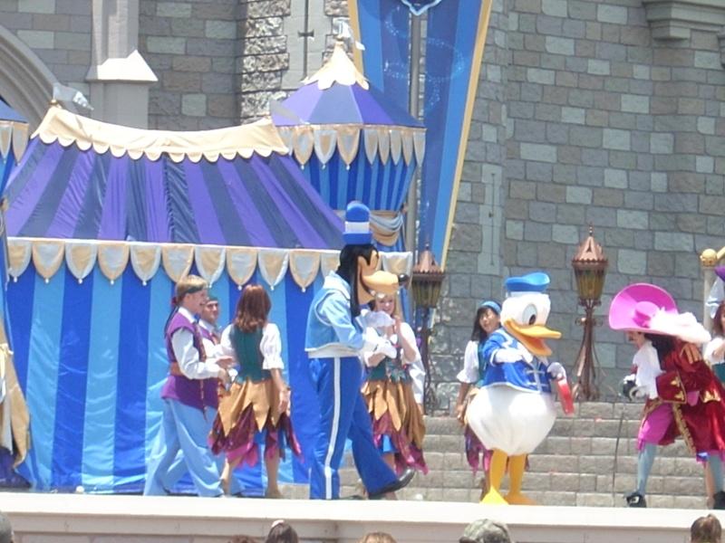 Les vacances de Mister Wolfi et Matttthieu : Walt Disney World Tour 2008 - Page 2 Dscn3519