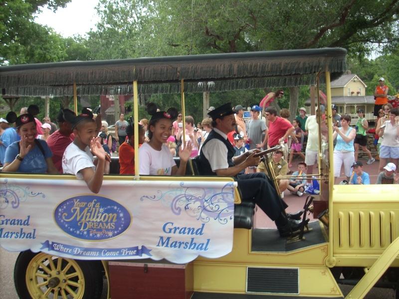 Les vacances de Mister Wolfi et Matttthieu : Walt Disney World Tour 2008 - Page 2 Dscn3614