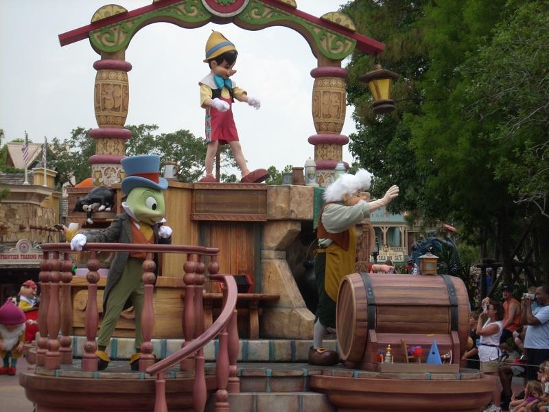 Les vacances de Mister Wolfi et Matttthieu : Walt Disney World Tour 2008 - Page 2 Dscn3618
