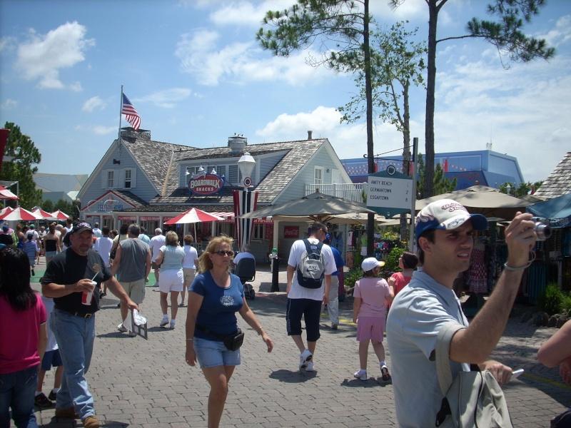 Les vacances de Mister Wolfi et Matttthieu : Walt Disney World Tour 2008 - Page 2 Dscn3718