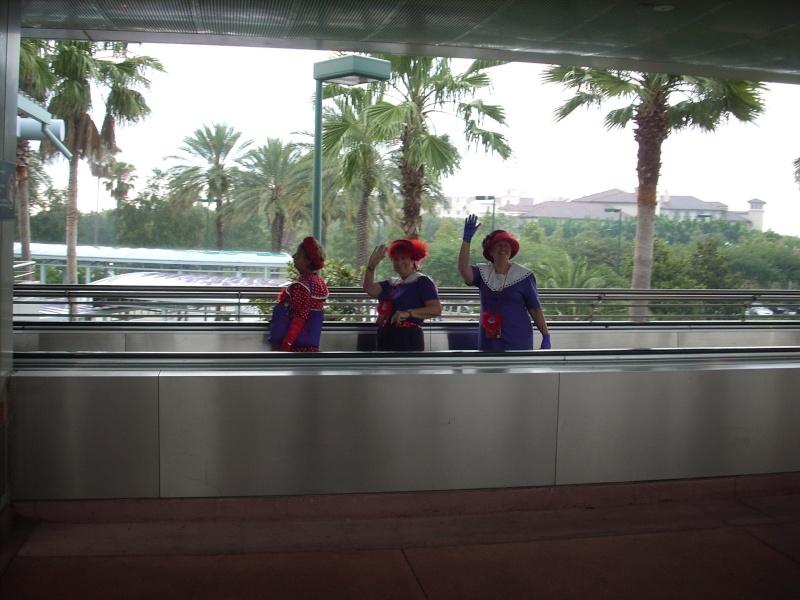 Les vacances de Mister Wolfi et Matttthieu : Walt Disney World Tour 2008 - Page 2 Dscn3819
