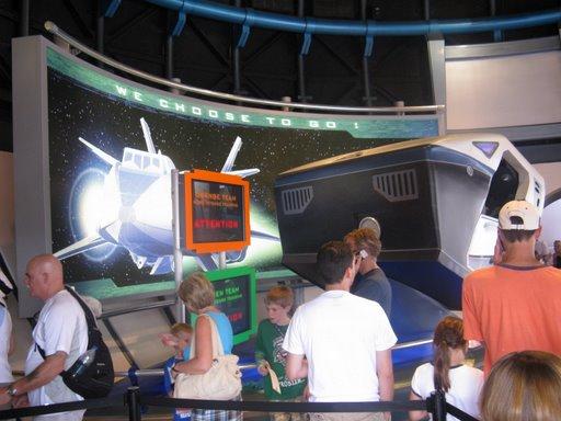 Les vacances de Mister Wolfi et Matttthieu : Walt Disney World Tour 2008 - Page 2 Img_0026