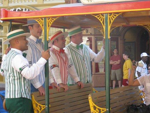 Les vacances de Mister Wolfi et Matttthieu : Walt Disney World Tour 2008 - Page 2 Img_1511