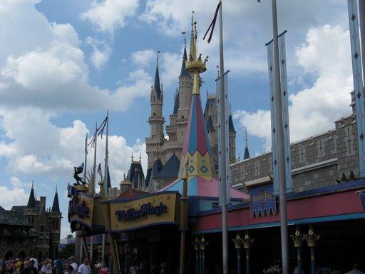 Les vacances de Mister Wolfi et Matttthieu : Walt Disney World Tour 2008 - Page 2 Img_1525