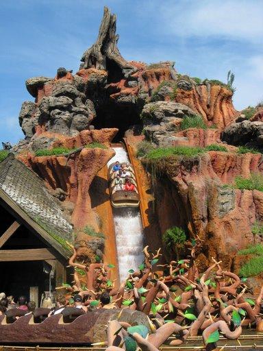 Les vacances de Mister Wolfi et Matttthieu : Walt Disney World Tour 2008 - Page 2 Img_1531