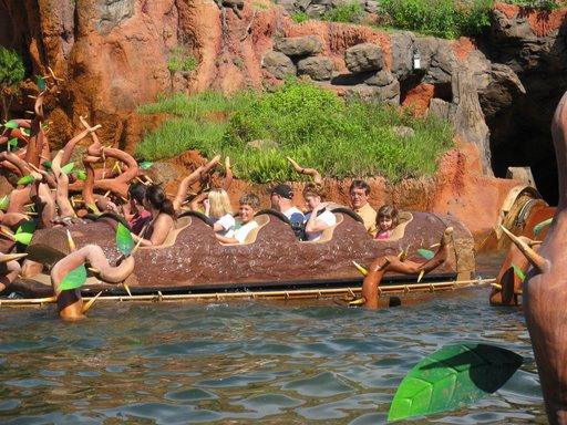 Les vacances de Mister Wolfi et Matttthieu : Walt Disney World Tour 2008 - Page 2 Img_1532