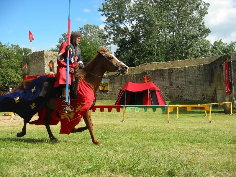 2007 Aout: festival médiéval St Felix de Foncaude (33) 333_0410