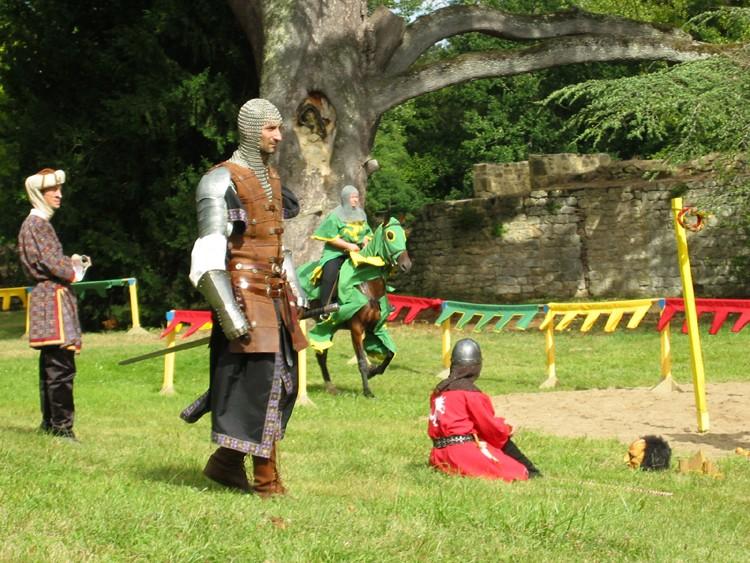 2007 Aout: festival médiéval St Felix de Foncaude (33) 333_0810