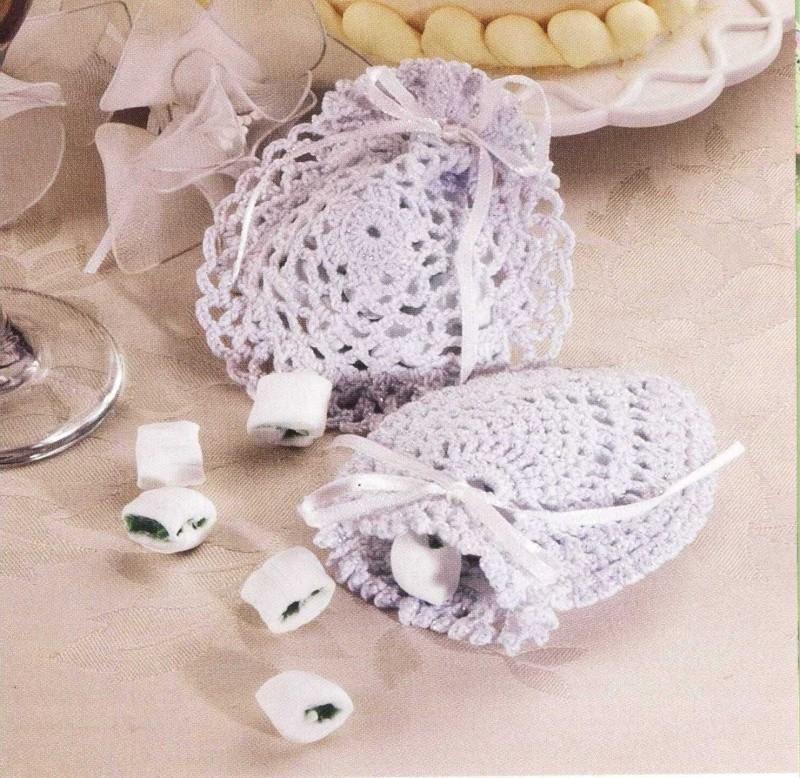 Crochet Wedding Gift Patterns: Wedding Favor Bags