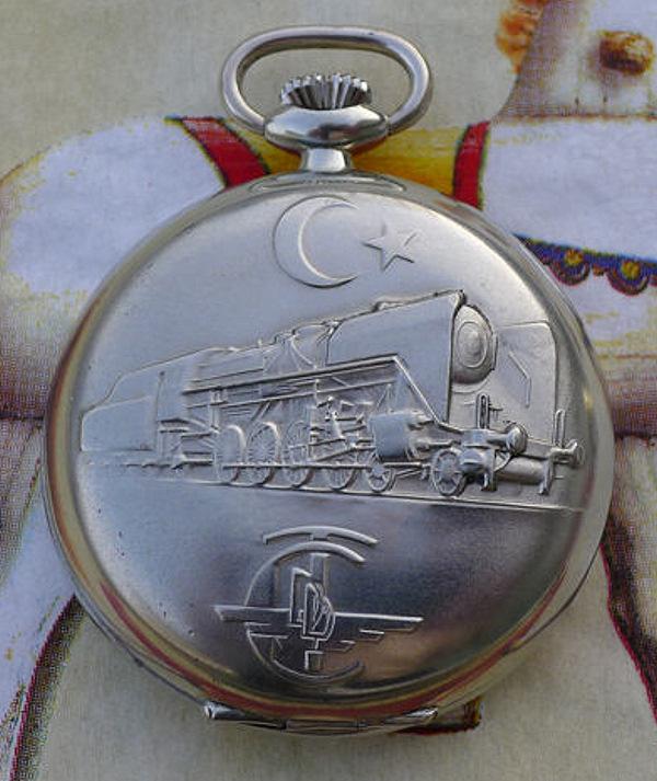 L'histoire des montres de chemins de fers - Page 4 0410