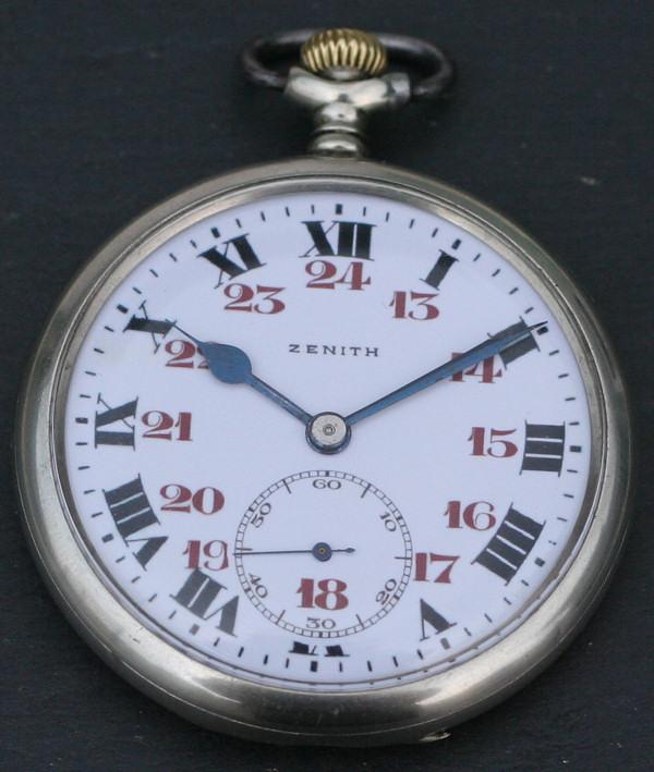 L'histoire des montres de chemins de fers - Page 4 Zcf-310