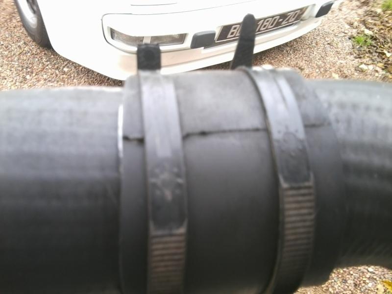 durite inferieur de turbo percée GT 1L9 JTD Photo012