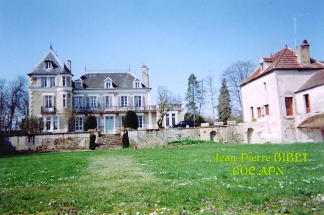 89-Yonne Chatea12