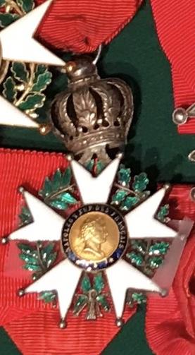 Aide sur un détails des Légions d' Honneur D3e35110