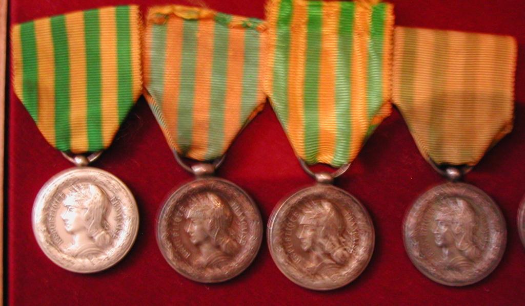 Médaille Tonkin 1883-1885 Dscn2210