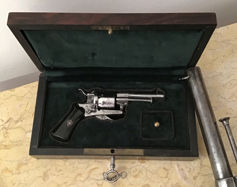 Lefaucheux - Mariette : 3 revolvers  Img_3336